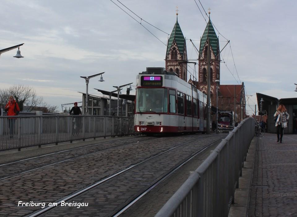 Tram 03 Freiburg am Breisgau 5.12.jpg