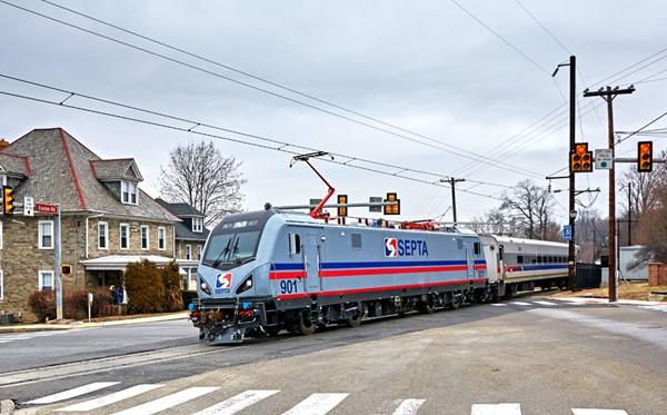 SEPTAtestsnewACS64locomotives.jpg