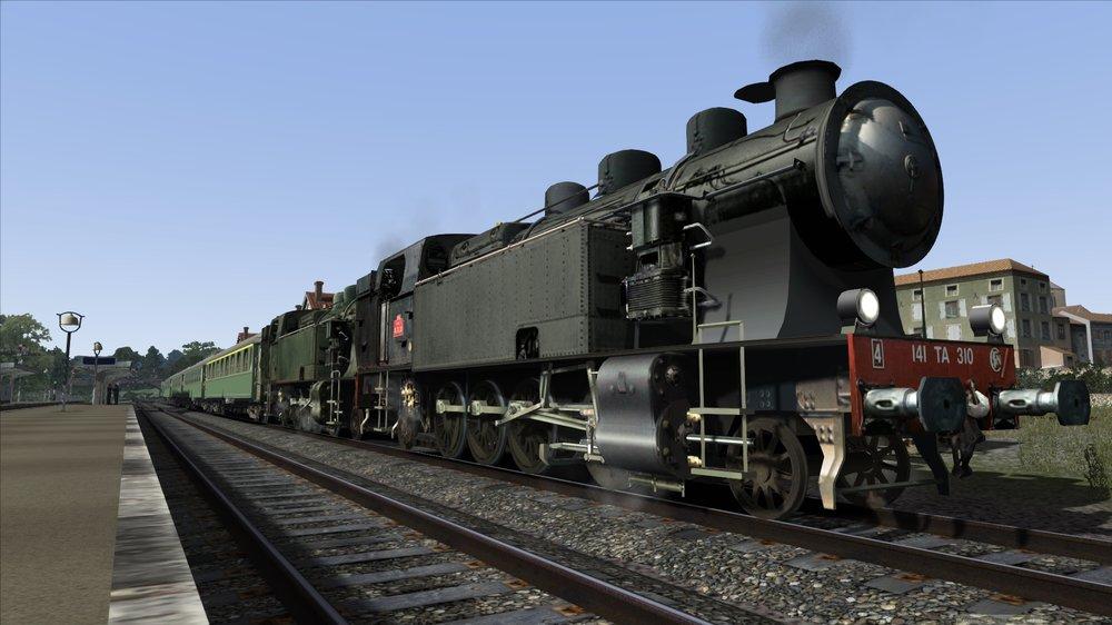 1953- Ussel Paris en gare d'Egurande Merlines.jpg