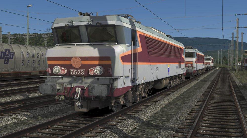 60e59a09bc008_RailWorks642021-07-0700-33-30-04.thumb.jpg.a57e2ebf0a7baf164928bf570d240cf7.jpg